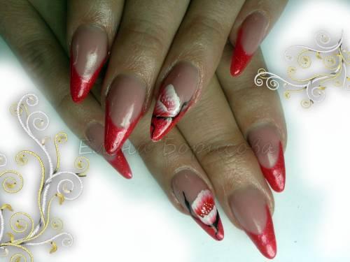 Радужный маникюр на коротких ногтях фото