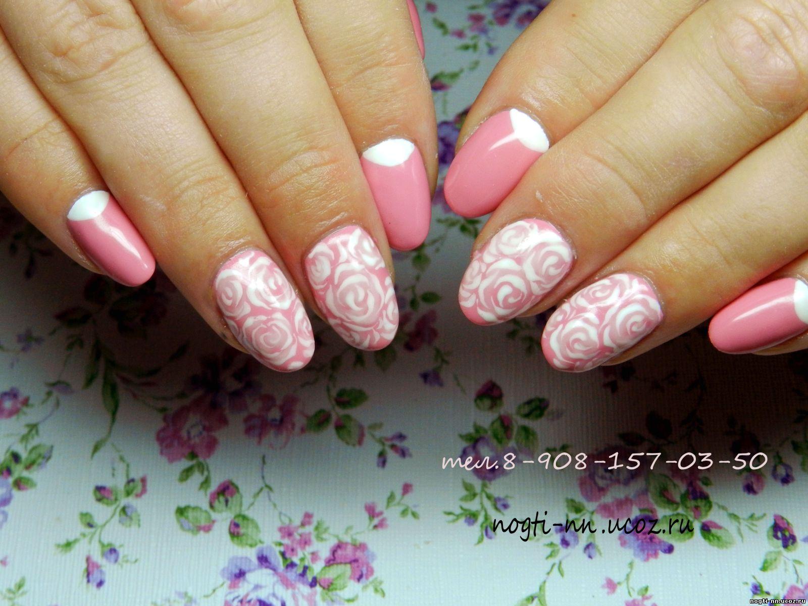 Маникюр с розами на ногтях фото